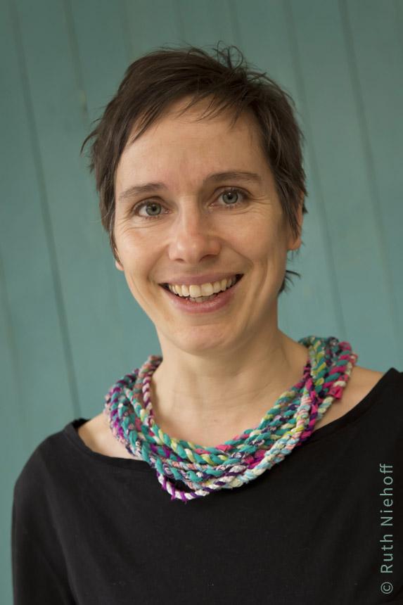 Katja Enseling, Autorin von Honigkukuk.