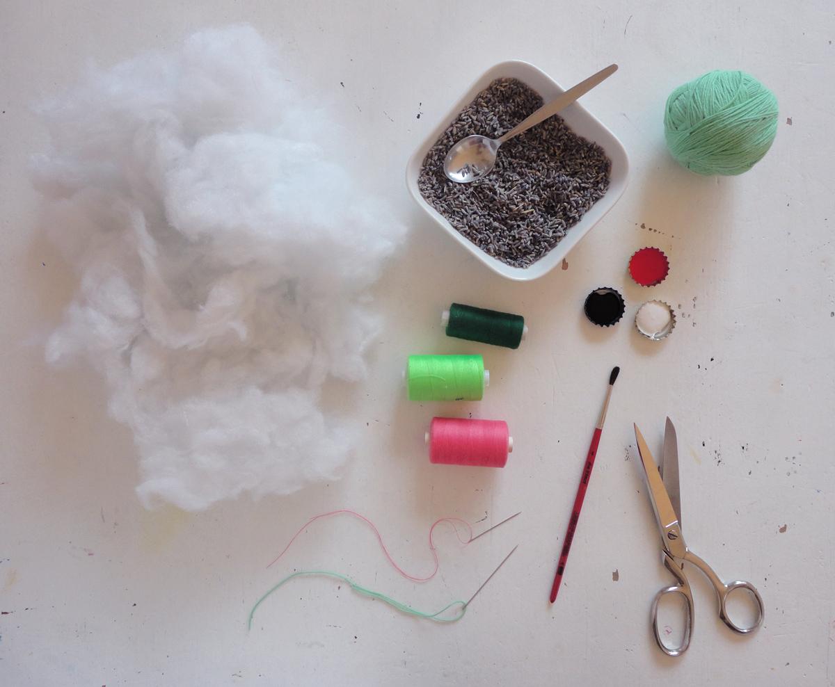 Materialien für Lavendelsocken