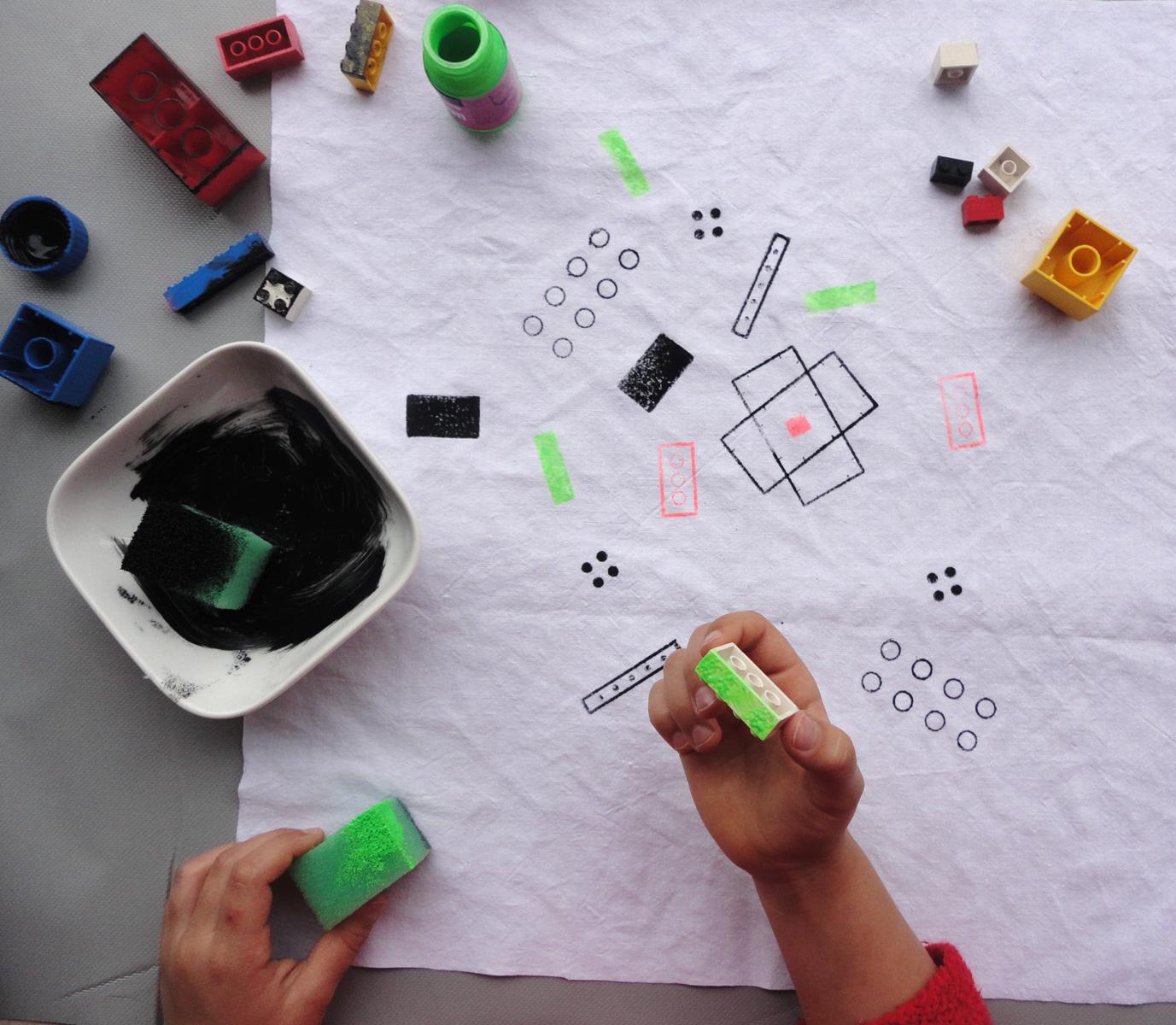 Stempelprobe mit Lego und Duplo