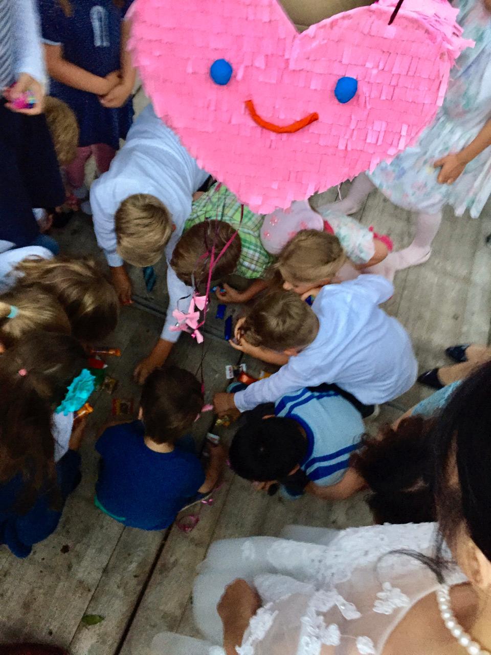 Hochzeits-Piñata, rosa Herz, Kinder