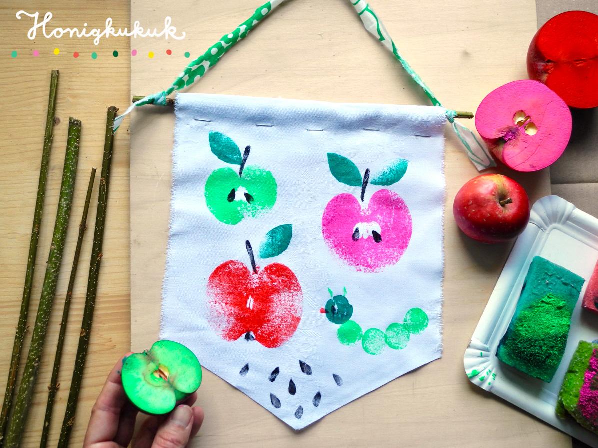 Mit Äpfeln drucken, Wimpel bedrucken