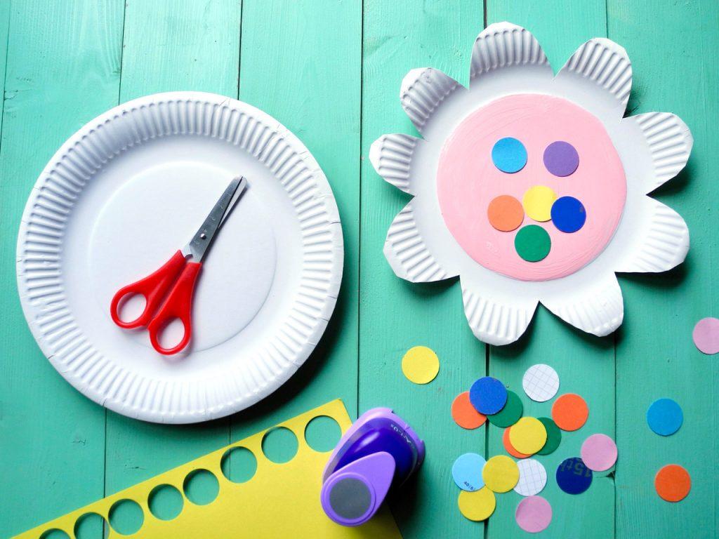 Kindergeburtstagsspiele für die Gartenparty, Upcyclingideen zum Spielen, Bienenspiel, Blumen