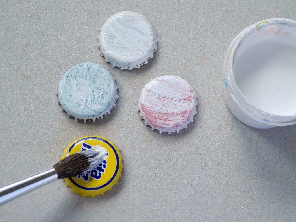 Marienkäfer als Kindergeburtstagsdeko basteln, Upcycling, Trinkglas mit Glasmarkierer, Schritt 2